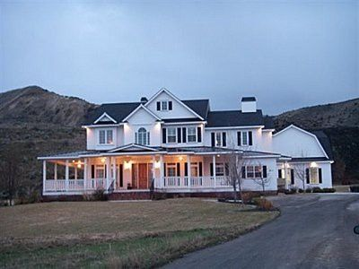 perfect country home...love this!!!!
