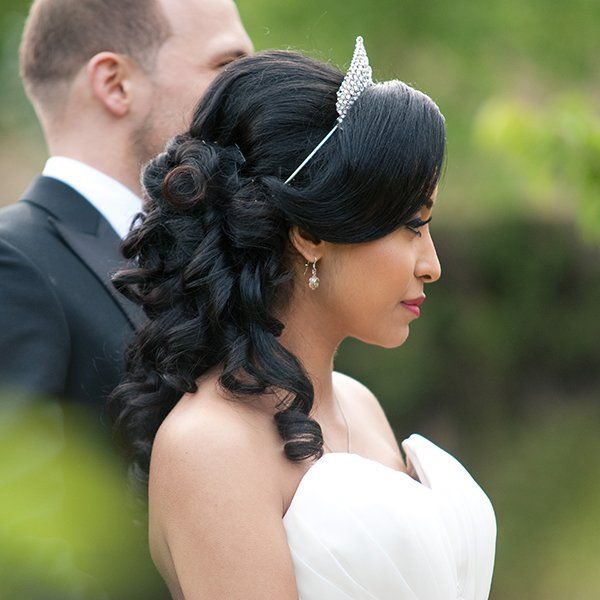 Wedding Hairstyles for Outdoor Weddings - Half Up, Half Down