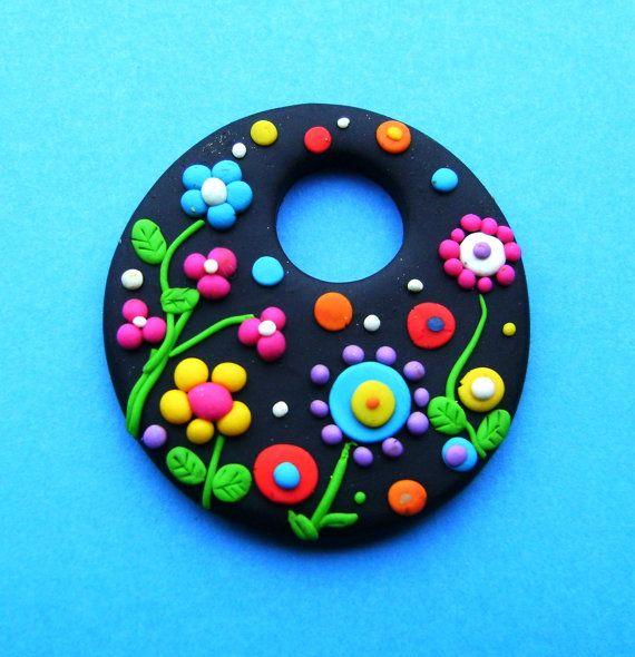 Fimo Polymer Clay Necklace médaillon fleurs dans le par Coloraudia
