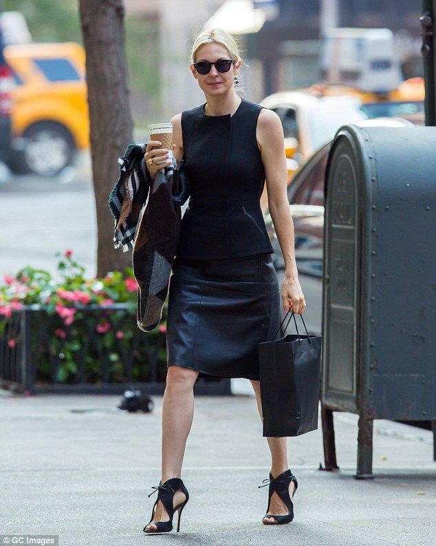 Brave face: Kelly Rutherford was spotted running errands in New York on Friday, following ...
