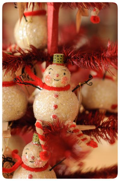 Snowmen ornament clips by Johanna Parker at her 9th Annual Holiday Folk Art Show & Open House