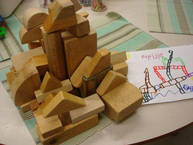 Math and Science Investigations (M.S.I.) in Kindergarten. Building structures in Kindergarten. Structure inquiries: towers, enclosures, bridges, castles, etc. STEM