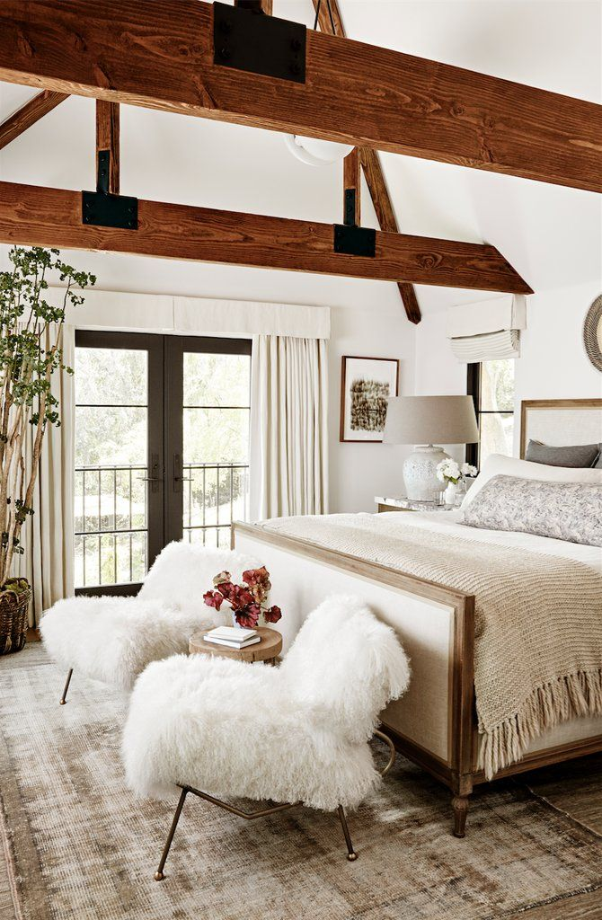 Julianne Hough's 1 Secret to Decorating a Home That Never Goes Out of Style