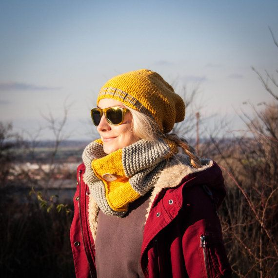 Women Hand Knitted 2 Set / Yellow Grey Slouchy by RUKAMIshop