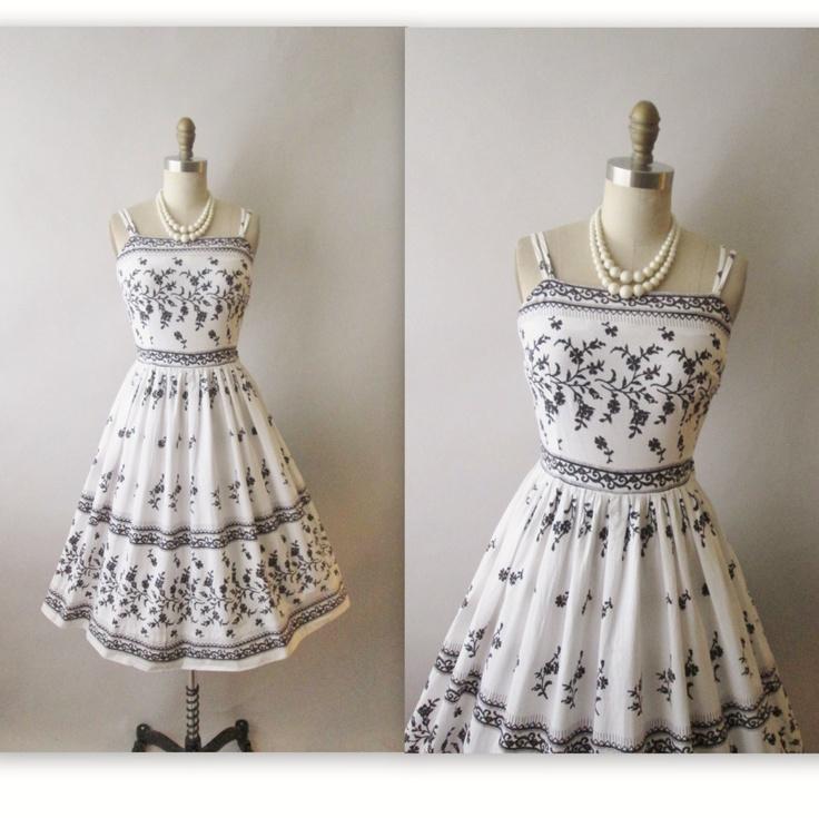 50s Summer Dress Vintage 1950s Floral Print Cotton Garden Party Sun XS