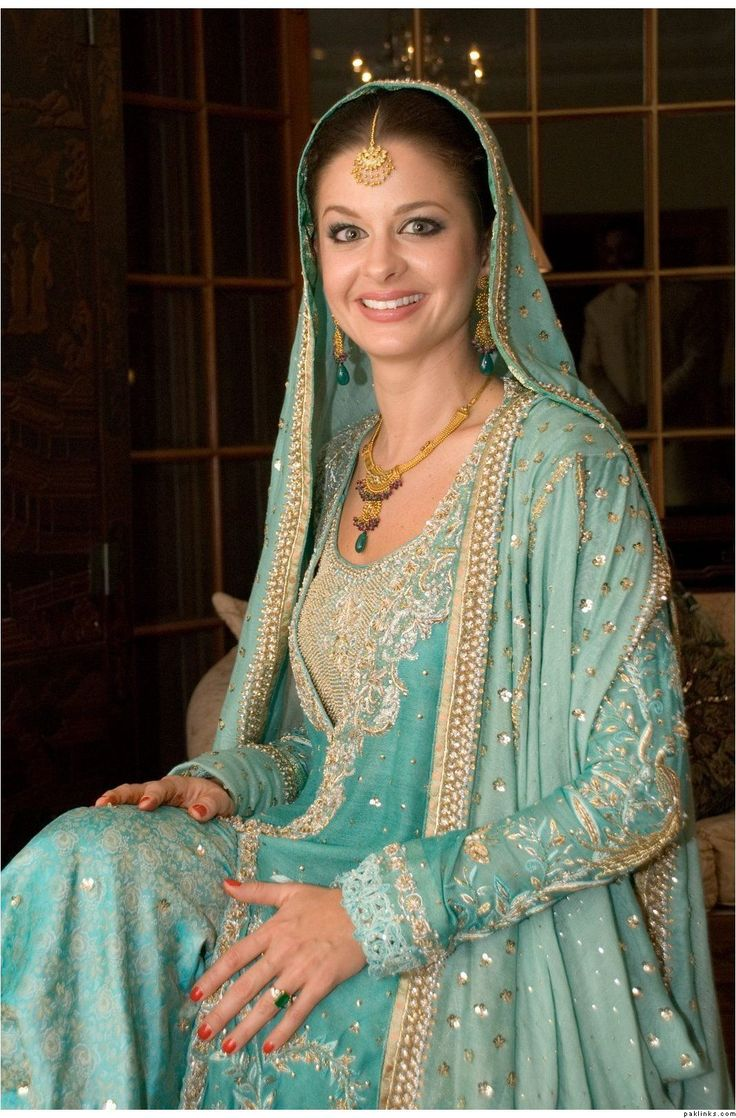 Wedding Dresses In Pakistani Girl