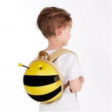 Prepare your kids for a walk, for nursery or kindergarten with the new 3D football backpack. Designed for kids age 2+. #bizzandbee #backpack #kidsbackpack #kids #children #kidsaccesories #cutebackpack #cute  #beebackpack #bee  #bumblebee  #kidsgift #gift #specialgift #bee
