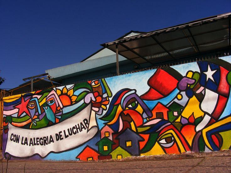 Brigada Ramona Parra en Calle Sebastopol esquina Santa Rosa, San Joaquín.