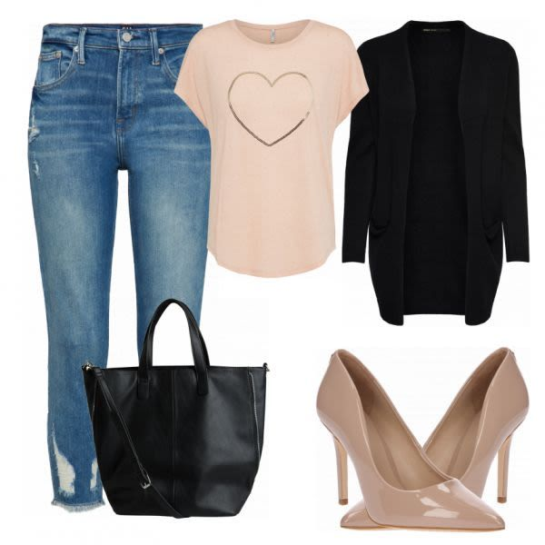 Sommer-Outfits: Sofa bei FrauenOutfits.ch #mode #damenmode #frauenmode #outfit