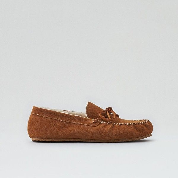 AE Suede Moccasin Slipper ($21) ❤ liked on Polyvore featuring men's fashion, men's shoes, men's slippers, neutral, mens moccasins shoes, mens tan suede shoes, mens slipon shoes, mens moccasin slippers and mens slip on shoes