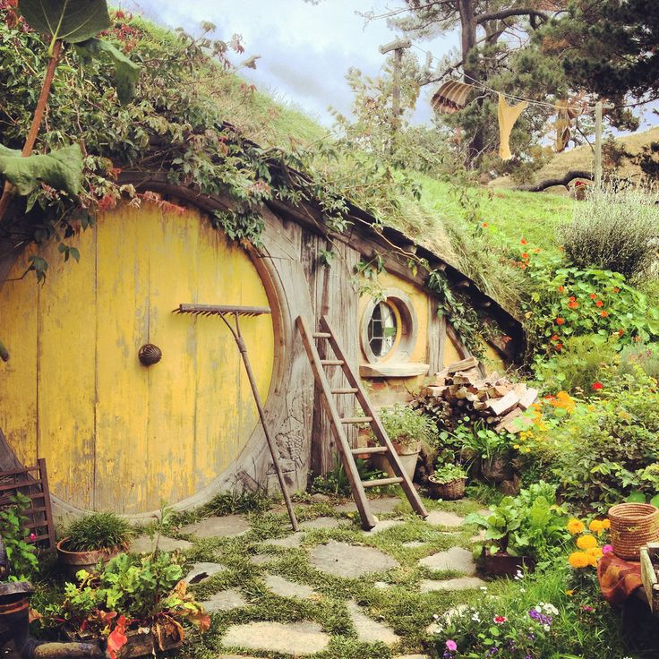 117 Best Images About Hobbit S Houses On Pinterest Green