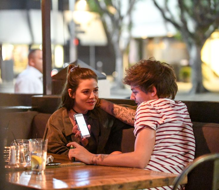 Danielle-CampbellNews • Your best online source for everything Danielle Campbell  - niallhorantheirish:   Louis and Danielle enjoy a...