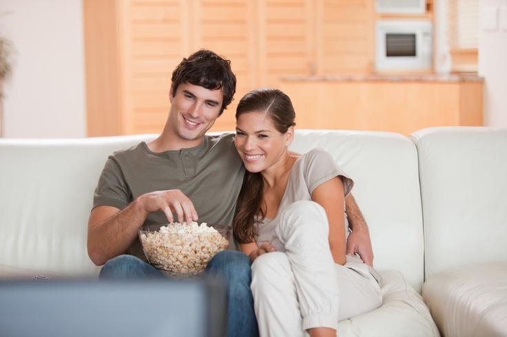 O fim de semana está chegando e que tal  um filminho na sua TV nova que você pode comprar aqui: http://maga.lu/VRWv9l