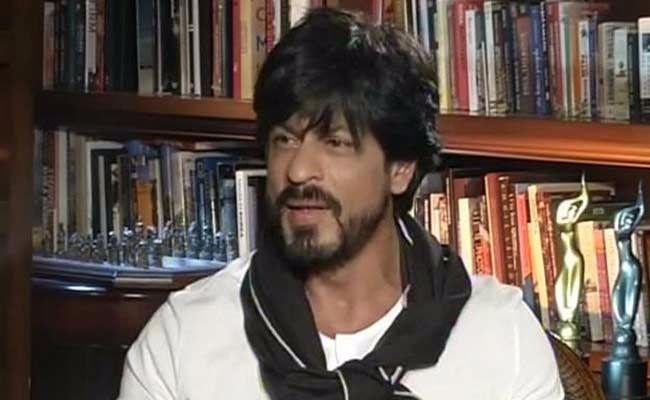 शाहरुख के अमेरिकी हवाईअड्डे पर राेके जाने पर शिवसेना ने दिया बड़ा बयान