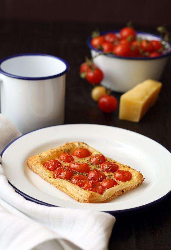 Tarta tomate queso