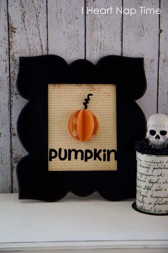 Framed pumpkin tutorial via iheartnaptime.net! What a fun and easy Halloween craft!