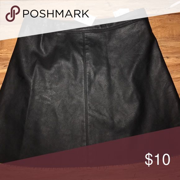 Abercrombie black leather skater skirt Size 8. NWT. Abercrombie & Fitch Skirts Mini