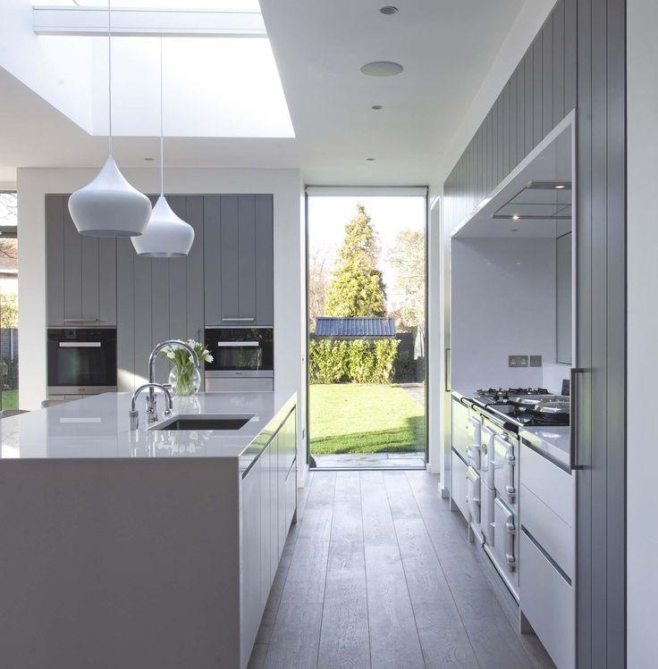 1000 Ideas About Mirror Splashback On Pinterest Kitchen Modern Modern Kitchens With Islands