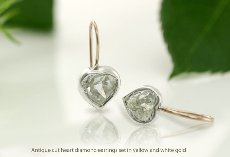 Antique Diamond Cuts vs. Brilliant Diamond Cuts Antique Diamond Cuts have been growing in popularity among those in the know. What is it and how does it compare to the modern Brilliant Diamond Cuts we mostly associate with the precious stone today? Here's a brief history and overview: A story about how a diamond got its sparkle When you