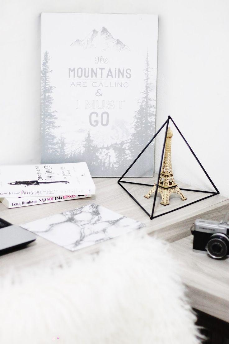Tour Pelo Meu Quarto: decoração divertida e ao mesmo tempo branca com um ar mais minimalista, tem muita inspiração do Tumblr e muita inspiração do Pinterest também! Ah, não posso esquecer de falar sobre os DIY's que fazem o maior sucesso!