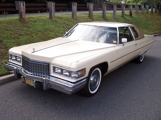 1976 cadillac coupe deville by that hartford guy via flickr 70 39 s car a. Black Bedroom Furniture Sets. Home Design Ideas