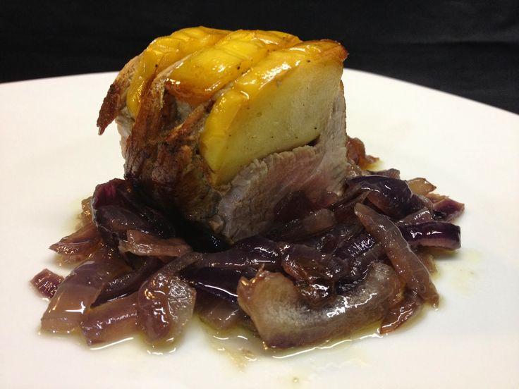 """architettando in cucina: Filetto di maiale """"Hasselback"""" con mele e cipolle di Certaldo con tutorial"""