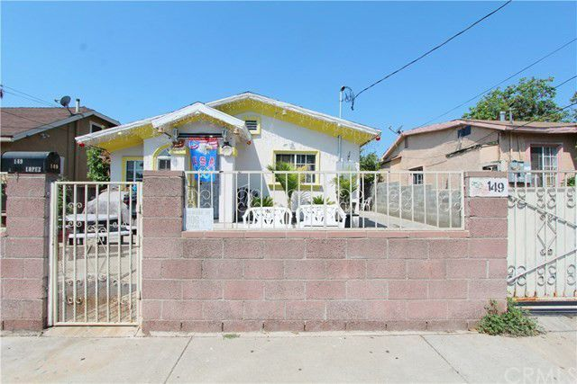 Nice Home Adjacent To City Terrance And Boyle Heights Centrally Located With Easy Access To The 60 710 5 10 And 101 Free East Los Angeles Home Loans Home