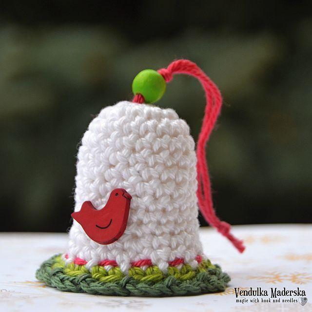 Campanella Natalizia a uncinetto – Schema. #crochet #christmas #crochetpattern #freepattern