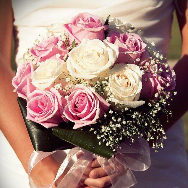 El ramo de la #novia broche de oro para toda #boda. #evento #bouquetflower #novios #bodas #inspiracion #colores #ramosdenovia