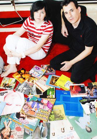 """En La Reputada """"Con motivo del 25 aniversario del sello independiente Elefant Records, repasamos Moda Pop, un recopilatorio de canciones bonitas y delicadas editado en 2003"""" #ElefantRecords #ModaPop #25Aniversario #IndieMusic #Indiepop"""
