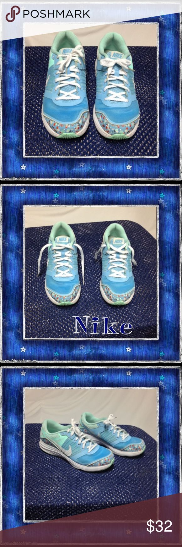 Women's Nike Dual Fusion Women's Nike Dual Fusion athletic shoes. Shoes are in EUC and show normal signs of wear. These are Size 6.5 and have a lot of life left in them! Nike Shoes Athletic Shoes