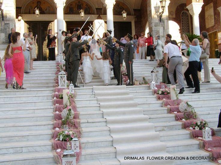 Στολίστε την πιο όμορφη μέρα της ζωής σας με το γούστο και τη φρεσκάδα των λουλουδιών του Ανθοπωλείου μας στη καλύτερη τιμή!!! Πακέτο Ανθοστολισμού για τον Γάμο σας  Μόνο με 450€ απο Αρχική Τιμή 600€!!!