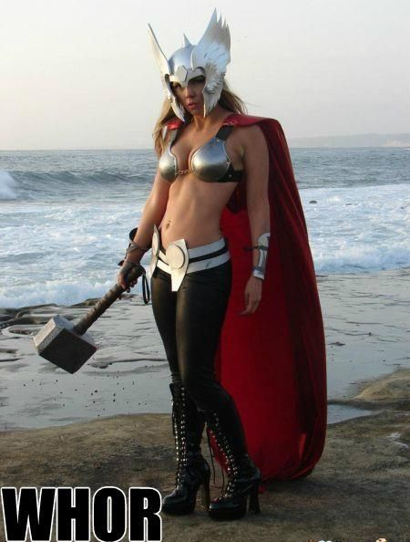 Thor's Sister?!Random Funny, Lady Thor, Halloween Costumes, Funny Pictures, Funny Stuff, Female Thor, Thor Sisters, Costumes Ideas, Thor Cosplay