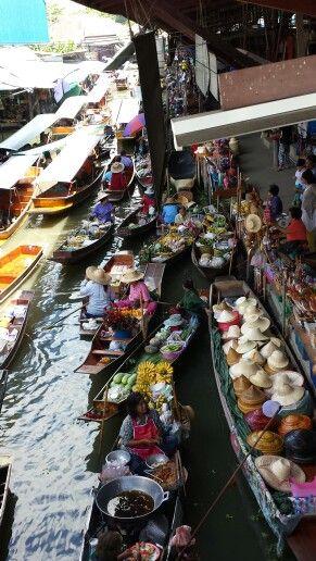 Mercato galleggiante,Bangkok Thailandia