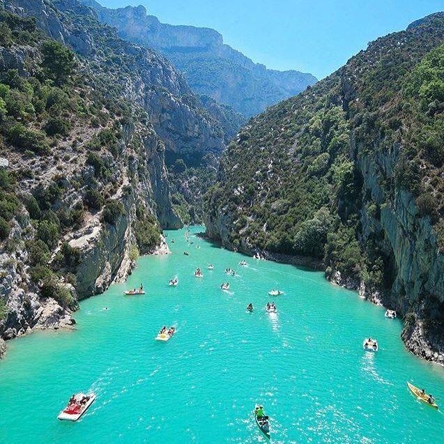 """""""Mi piace"""": 6, commenti: 2 - Maju Por Aí (@majuporai) su Instagram: """"No sudoeste da França, Gorges du Verdon é um desfiladeiro de rio que é considerado um dos mais…"""""""