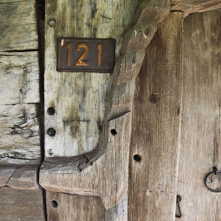 Olteanca Sinculesti VL.bislemn.grafiti cruce - Biserica de lemn din…