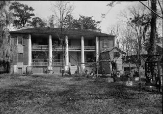Gloucester House, still standing, built 1798-1803, the home of early Mississippi Territorial Governor, Winthrop Sargent, who died on a riverboat near Natchez and is buried on the grounds.    Photos below taken in 1940, top right is of rear of house