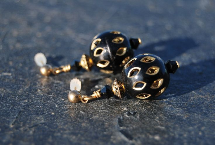 Black and gold earrings by NorthernlightsNO on Etsy