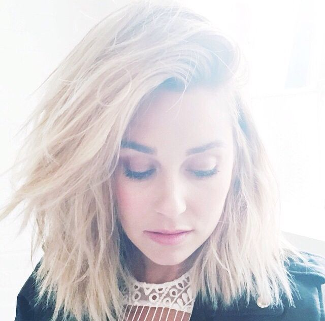 Lauren Conrad short hair 2014