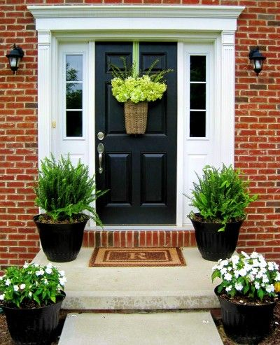 25 best ideas about front stoop decor on pinterest for Front door stoop ideas