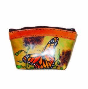 Ručne maľované púzdro s motívom Motýľa