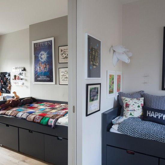 Adjoining children's bedrooms using a pocket door allows rooms to be increased in size for 'play time'