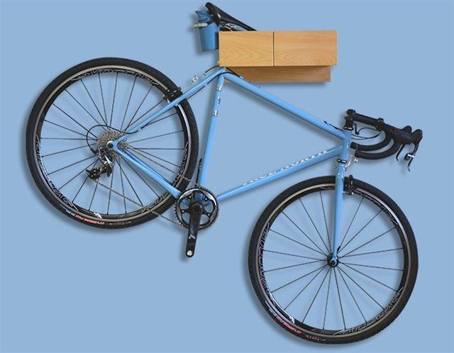조금 다른 방식의 자전거 보관  - 프레임이 아니라 싯포스트와 안장