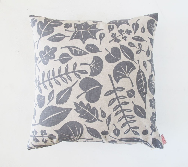 leaves cushion ++ skinny lamix {@Heather Moore}: Pillows Covers, Leaves Pillows, Google Search, Cushions Covers, Leaves Cushions, Cushions Design, Covers Grey, Covers 50X50Cm, Decor Pillows