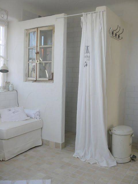 die besten 25 romantische b der ideen auf pinterest cottage stil badezimmer romantische. Black Bedroom Furniture Sets. Home Design Ideas