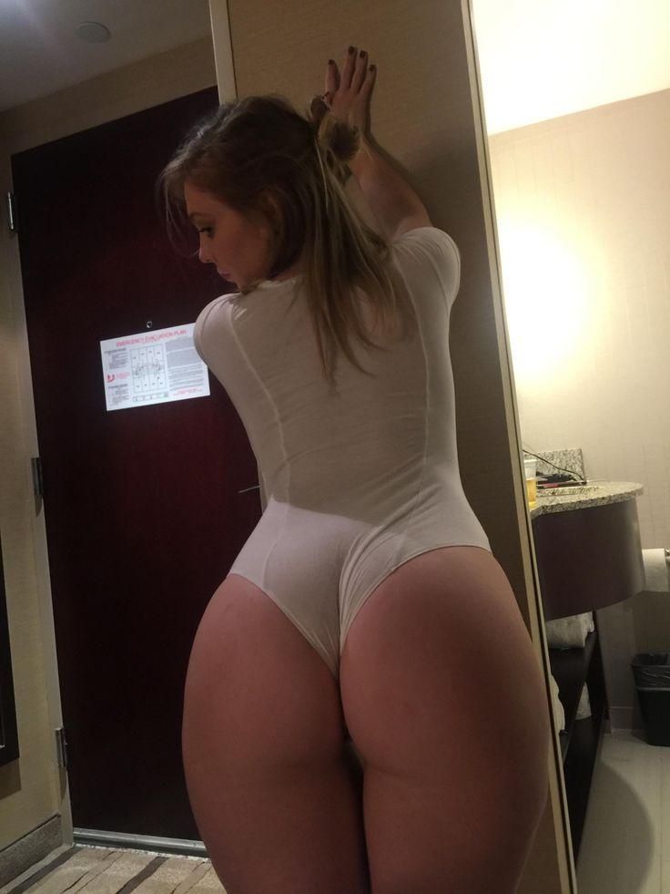 Big naked cute girls butts gifs