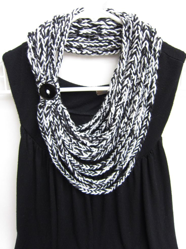 crochet chain scarf - necklace scarf - infinity scarf - black and white - handmade by Rockin'Lola.via Etsy.
