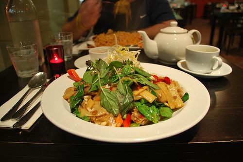 http://foods-to-avoid-during-pregnancy.info/spicy-food-during-pregnancy.html Spicy food during pregnancy. Hot & Spicy Thai Food