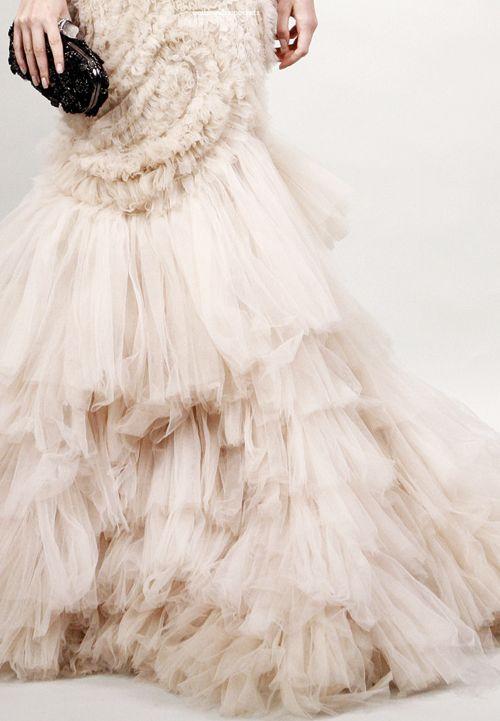 : Fashion Models, Bridal Dresses, Blushes Weddings, Vintage Fashion, Gorgeous Gowns, Pale Pink, Weddings Dresss, Weddings Dresses, Haute Couture