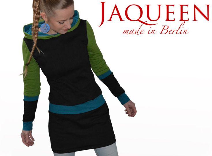 Kapuzenkleider - Winterkleid Kapuze schwarz petrol grün - ein Designerstück von JAQUEEN-handmade-streetwear-berlin bei DaWanda